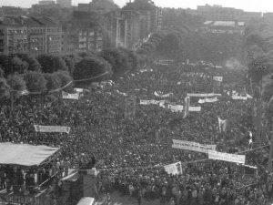 A Liberbade festejada no 1º de Maio de 1975